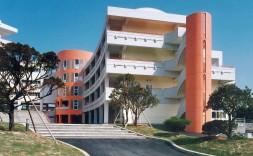 沖縄市立美里中学校校舎